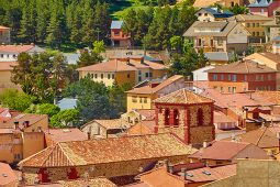 Un bonito pueblo en la Sierra de Albarracín